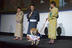 映画「ペット」初日舞台挨拶の様子。
