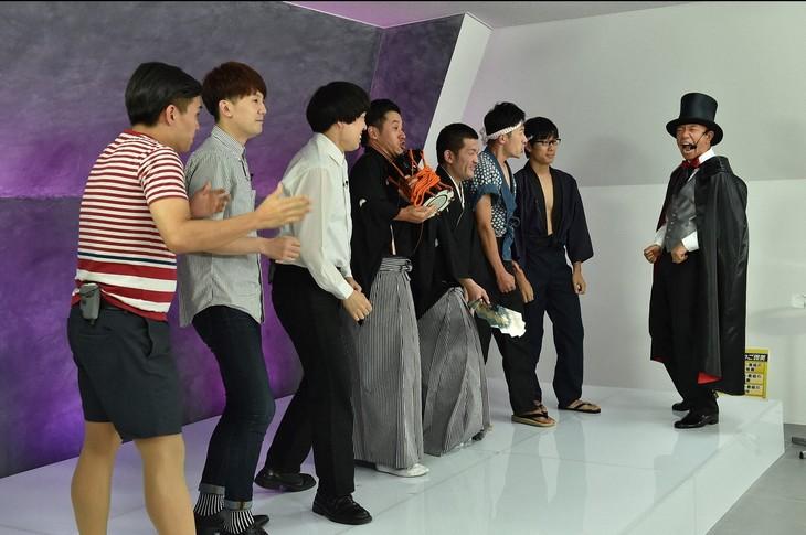 「有田ジェネレーション」に出演する(左から)ジェラードン、すゑひろがりず、がじゅまる、バイきんぐ小峠。(c)TBS