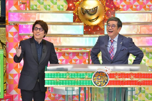 (左から)ロンドンブーツ1号2号・田村淳、石坂浩二。(c)TBS