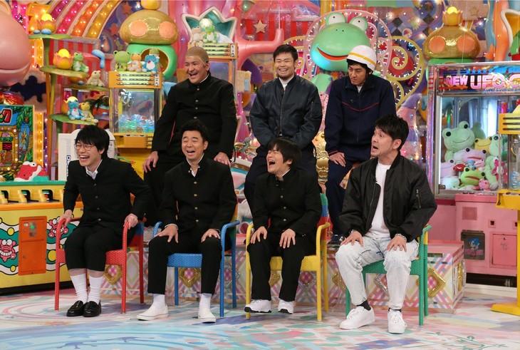 「アメトーーク!」に出演する「ゲームセンター芸人」たち。(c)テレビ朝日