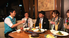 NMB48を語る川畑泰史(左から3人目)。(c)関西テレビ