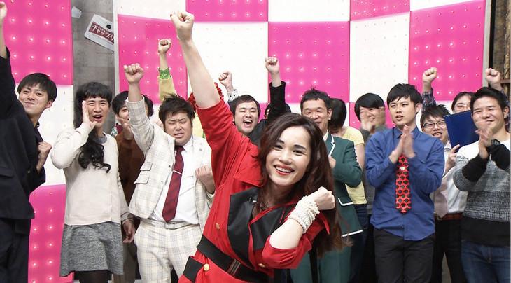 「じわじわチャップリン」チャンピオン大会のワンシーン。(c)テレビ東京