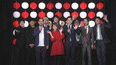 「ニュースわかり亭~現代を知る演芸場~」の出演者たち。(c)NHK