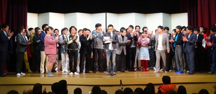 「平成29年度 漫才新人大賞」予選の様子。