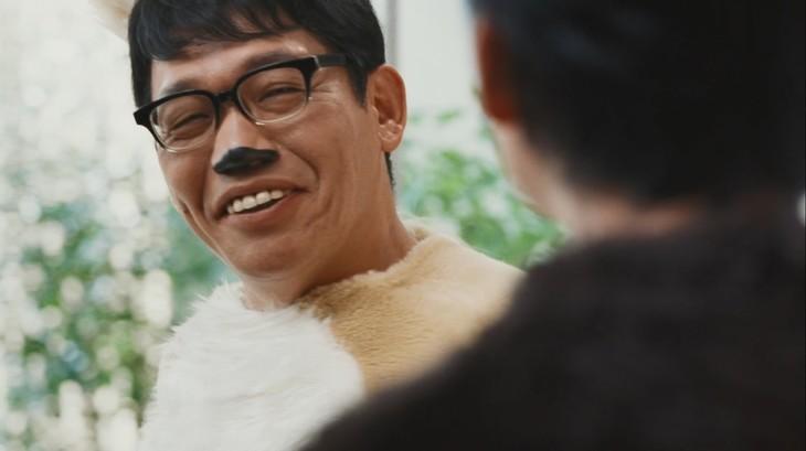 株式会社オープンハウスのテレビCM「ジョンシリーズ」の第10弾「『お宅訪問』篇」に「近所の犬」役で出演する、ずん飯尾。