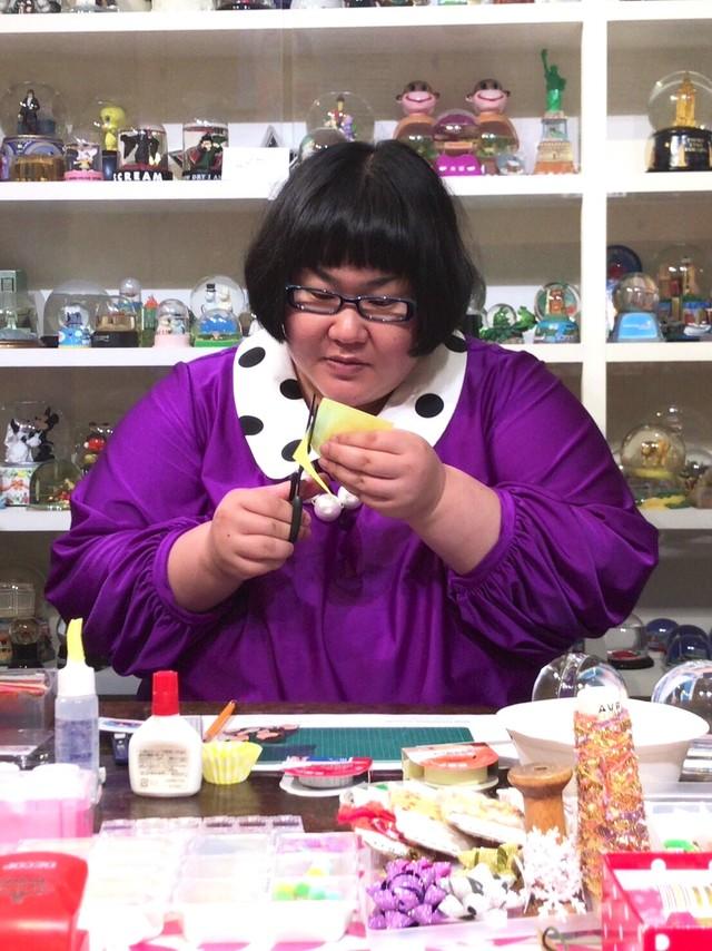 新コーナー「インスタ王子への道」に登場するメイプル超合金・安藤。(c)日本テレビ