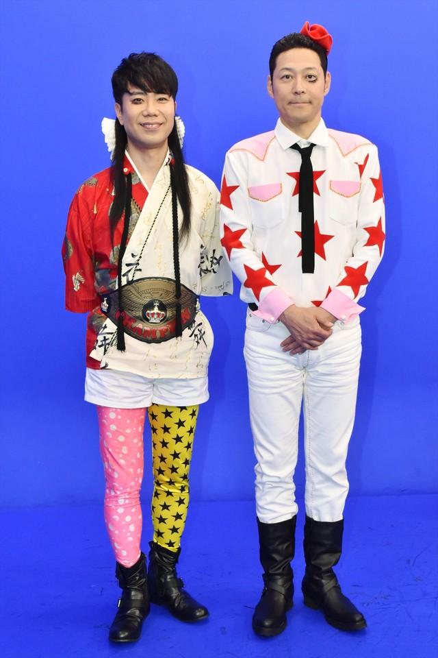 ライト東野(右)とレフト藤井(左)。