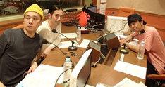 左からサルゴリラ児玉、ピース又吉、パンサー向井。(c)NHK
