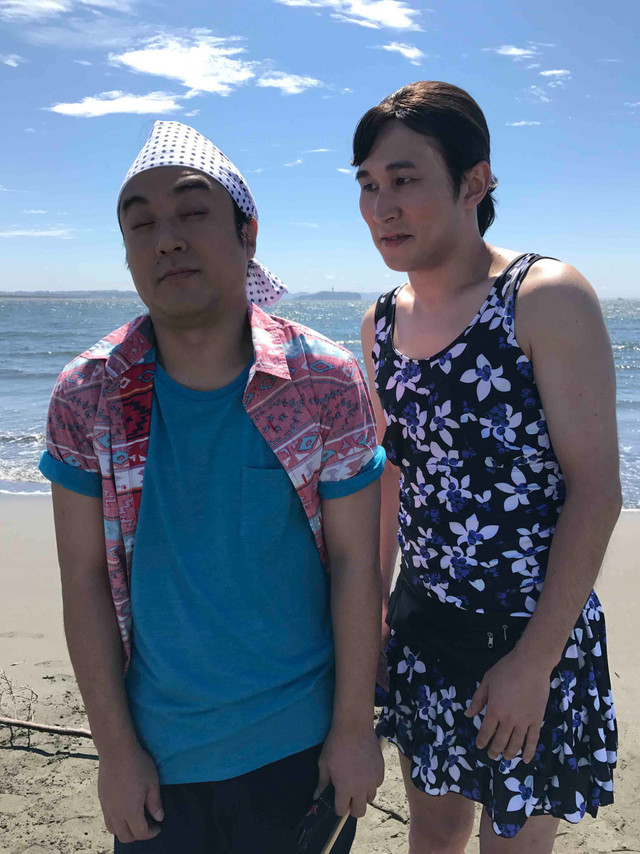 ムロツヨシとじろう扮する黄金原聡子。(c)NHK