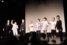 8月に行われたライブ「ギンパツ!」第1弾に出演した(左から)霜降り明星、四千頭身、卯月。