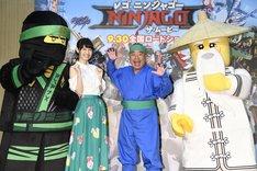 左から松井恵理子、出川哲朗。