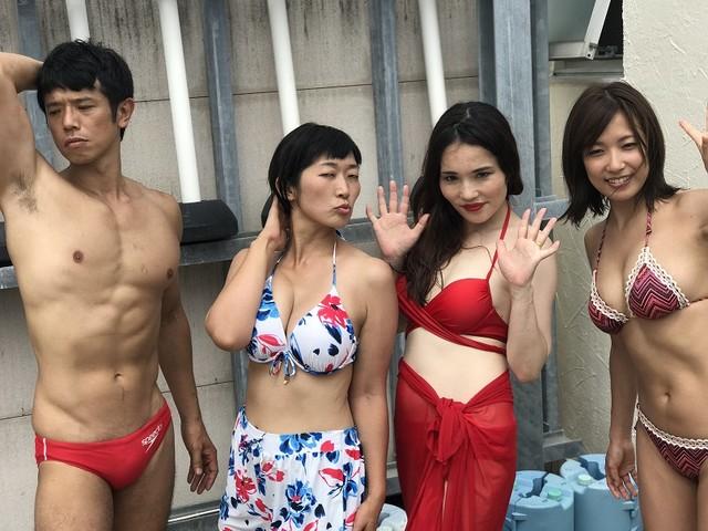 (左から)庄司智春、たんぽぽ川村、平野ノラ、佐藤聖羅。(c)CBC