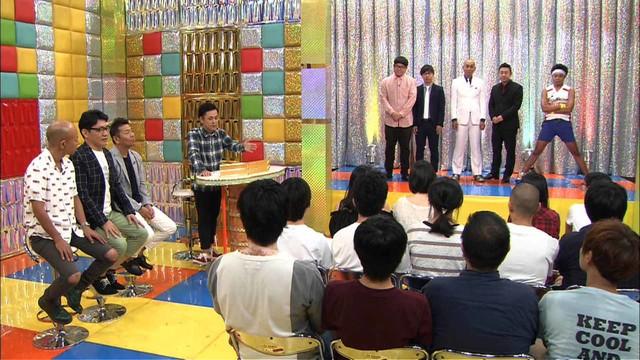 「くりぃむナンチャラ」の「応援上映ネタ選手権」のワンシーン。(c)テレビ朝日