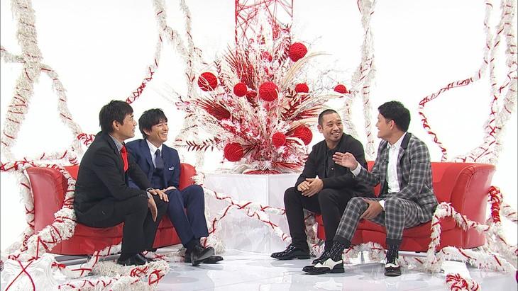 「エニシバナシ」に出演する(左から)博多華丸・大吉、千鳥。(c)フジテレビ