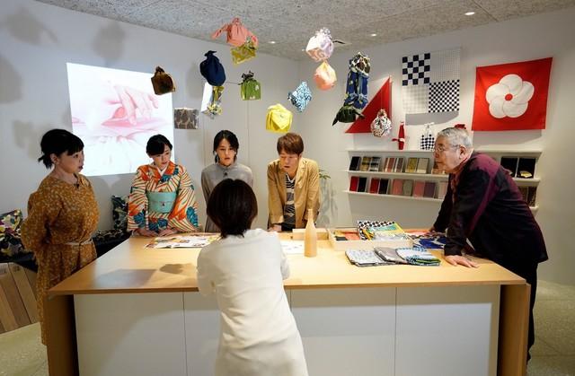 「観光タクシーにお任せ! 秋の京都おさんぽ旅」のワンシーン。(c)関西テレビ