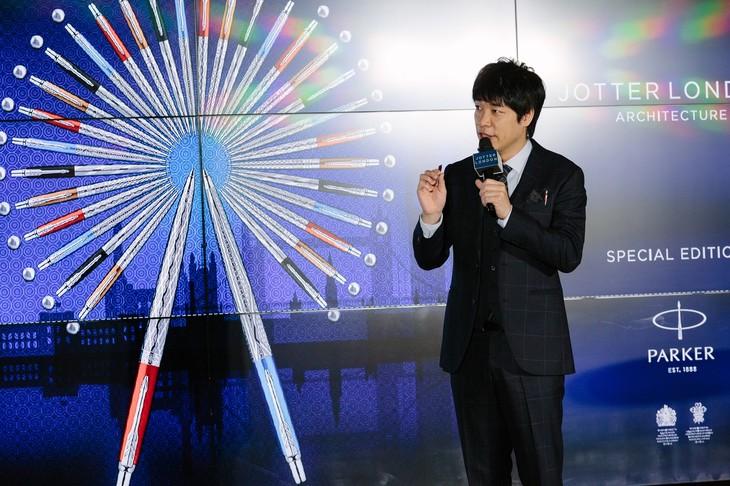 「ジョッター」のPRイベントに登壇した麒麟・川島。