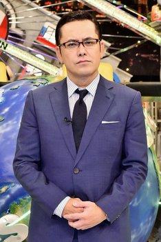 「全力!脱力タイムズ」でメインキャスターを務める、アリタ哲平ことくりぃむしちゅー有田。