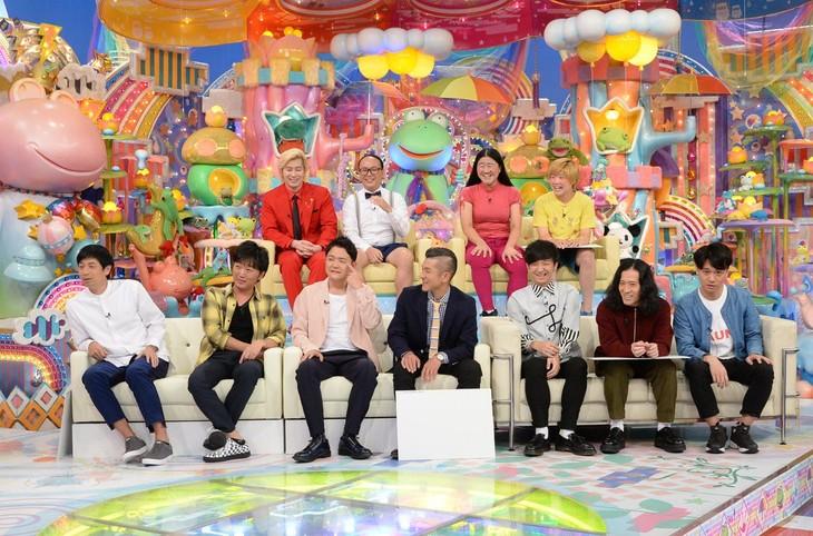 「日曜もアメトーーク!2時間スペシャル」に出演する「仲良し同居芸人」。(c)テレビ朝日