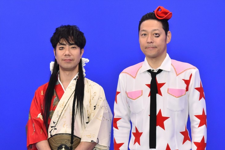 「朝まであらびき団SP あら-1グランプリ2017」に出演する、レフト藤井(左)とライト東野(右)。