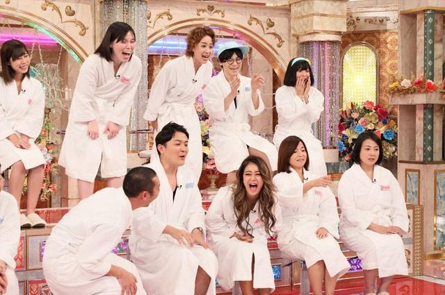 「奇跡の1枚」の出演者たち。(c)テレビ朝日