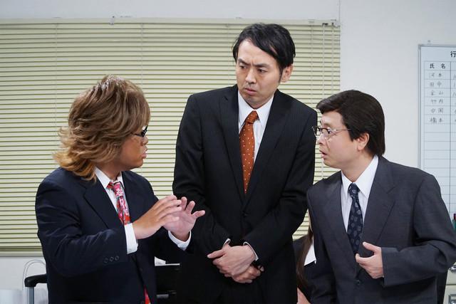 左からロッチ中岡、アンガールズ田中、次長課長・河本準一。(c)テレビ東京