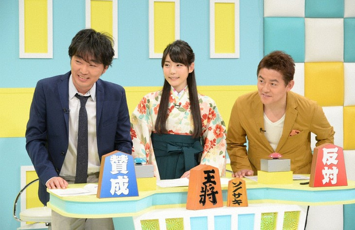 「ソノサキ ~知りたい見たいを大追跡!~」に出演するスピードワゴンと女流棋士の竹俣紅(中央)。(c)テレビ朝日