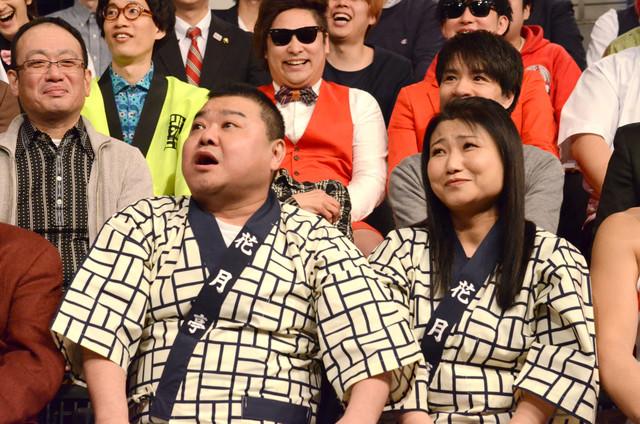 大阪からやってきた吉本新喜劇の川畑泰史、島田珠代(前列左から)。