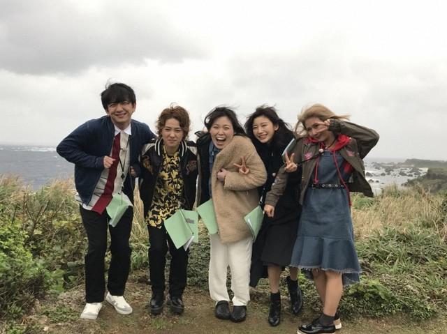 (左から)パンサー向井、尼神インター、小倉優香、岡井千聖。(c)CBC