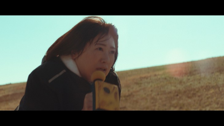CM「歌詞再現カラオケバトル 激・モン楽祭」篇のワンシーン。