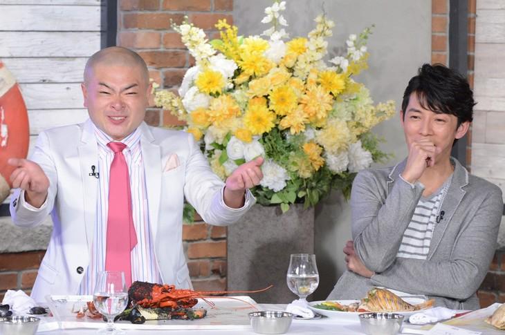 左からあばれる君、藤木直人。(c)日本テレビ