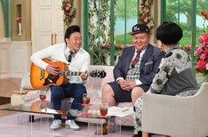 (左から)ANZEN漫才、黒柳徹子。(c)テレビ朝日