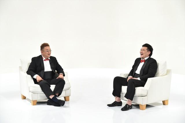 「行けるトコまで接近中」MCのサンドウィッチマン。(c)テレビ朝日