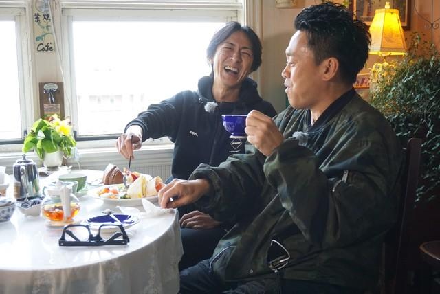 「矢部&大輔のおまかせタクシー裏ガイド旅in函館」のワンシーン。(c)関西テレビ