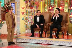 (左から)ロンドンブーツ1号2号・田村淳、千鳥。(c)テレビ朝日