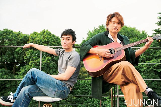 草なぎ剛(左)と香取慎吾(右)のユニット・SingTuyo。