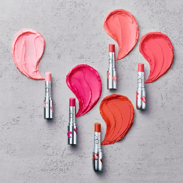 「naomi x shu uemura rouge unlimited collection」イメージ