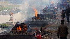 ネパールの火葬場。(c)テレビ東京