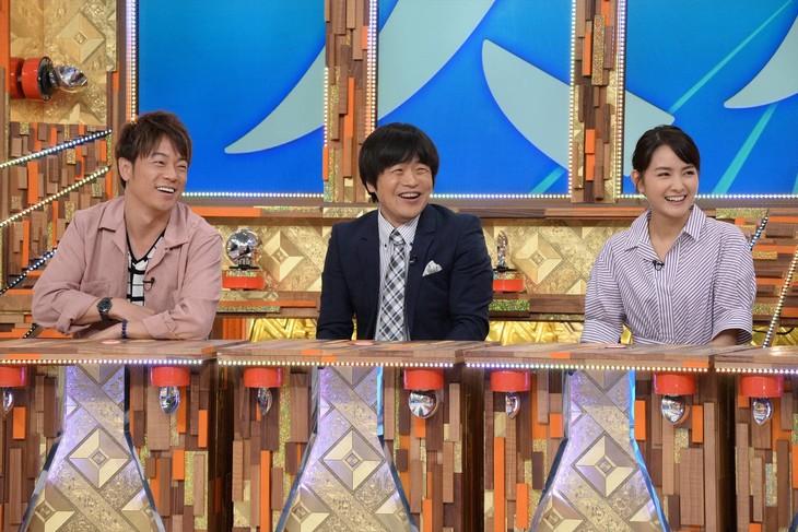 「痛快TV スカッとジャパン2時間SP」に出演する(左から)陣内智則、バカリズム、葵わかな。(c)フジテレビ