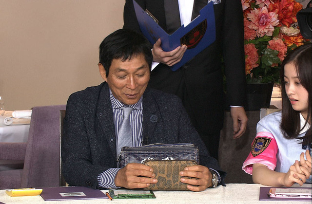 「ゴチになります!」に挑戦する明石家さんま。(c)日本テレビ