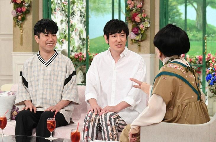 「徹子の部屋」に出演する(左から)藤井隆、ココリコ田中。(c)テレビ朝日