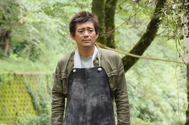 ドラマ「高嶺の花」に出演する博多華丸。(c)日本テレビ