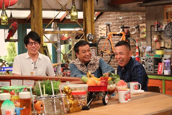 「おかべろ」に出演する(左から)ザブングル松尾、中山秀征、ナインティナイン岡村。(c)関西テレビ
