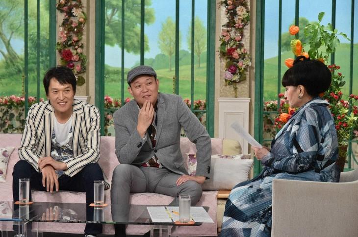 「徹子の部屋」に出演する千原兄弟と、黒柳徹子。(c)テレビ朝日
