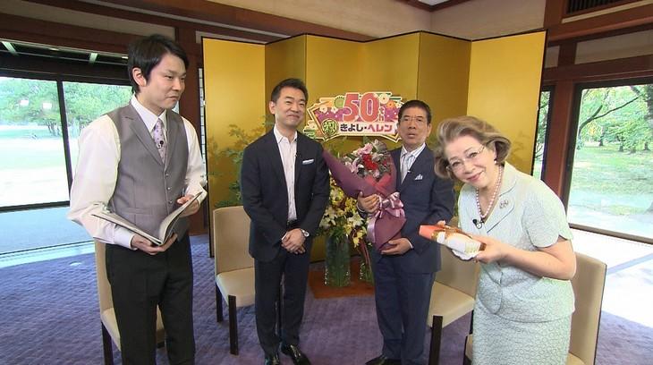 左からかまいたち濱家、橋下徹、西川きよし、西川ヘレン。(c)読売テレビ