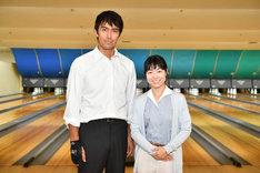 (左から)阿部寛、イモトアヤコ。(c)TBS