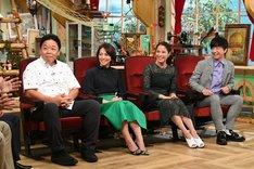 (左から)伊集院光、赤江珠緒、広瀬アリス、パンサー向井。(c)テレビ朝日
