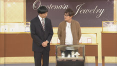 「コント中に黒柳徹子的な人とフリートークする」というオーダーに応えるラバーガール。(c)NHK