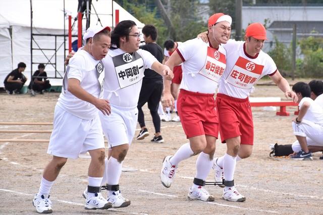 (左から)出川哲朗とロッチ中岡、オードリー春日と品川庄司・庄司。