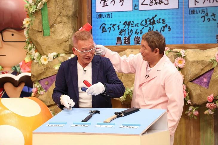 「平成教育委員会2018秋」でコンビプレーを見せるビートきよし(左)と北野武のツービート。(c)フジテレビ