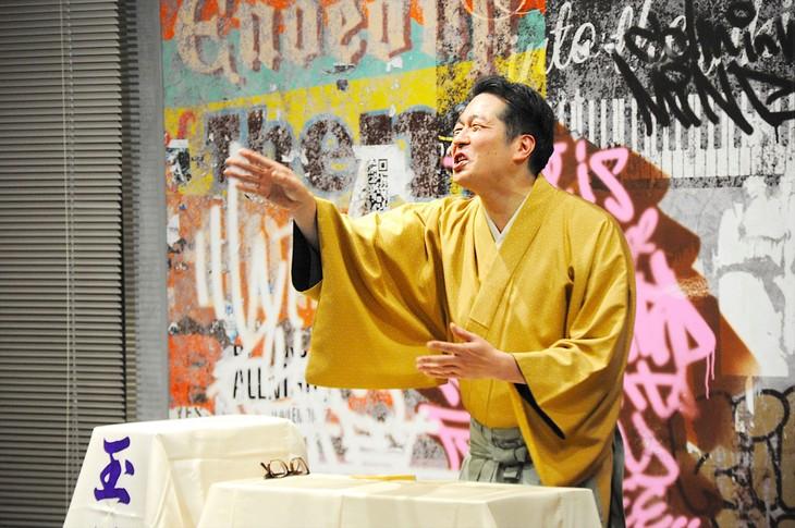 イベント「玉川太福CD発売記念イベント~唸りとタンカと囲み取材と~」に登場した玉川太福。